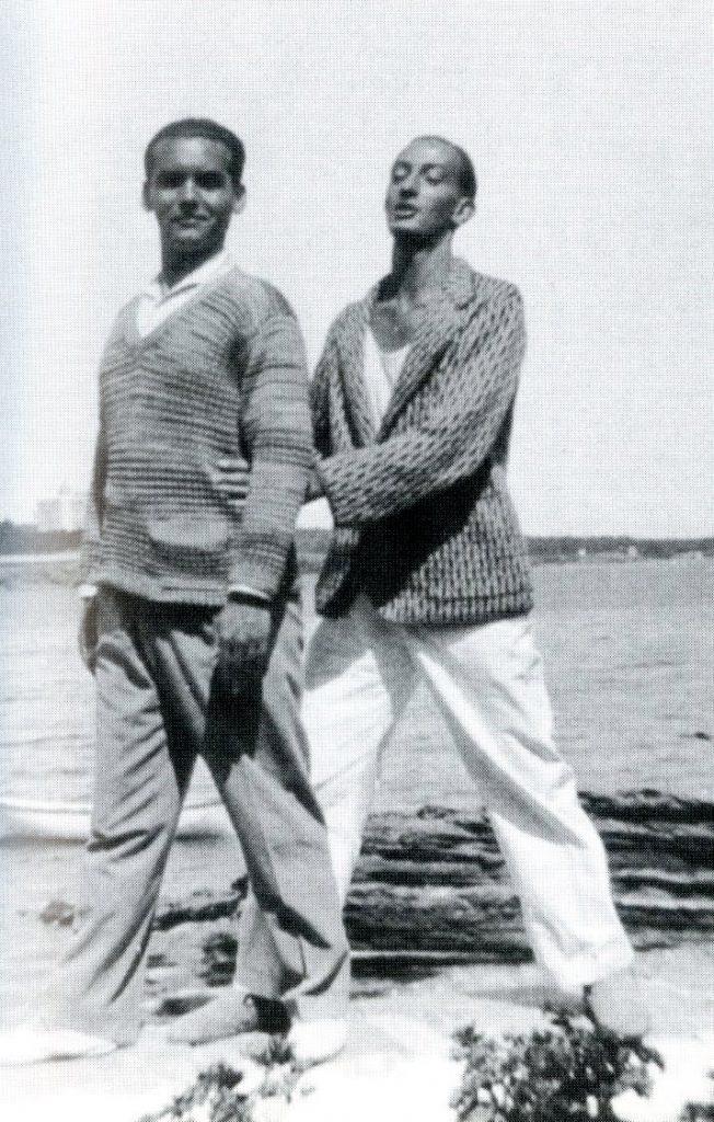 Federico García Lorca and Salvador Dalí. Caduques, 1927.
